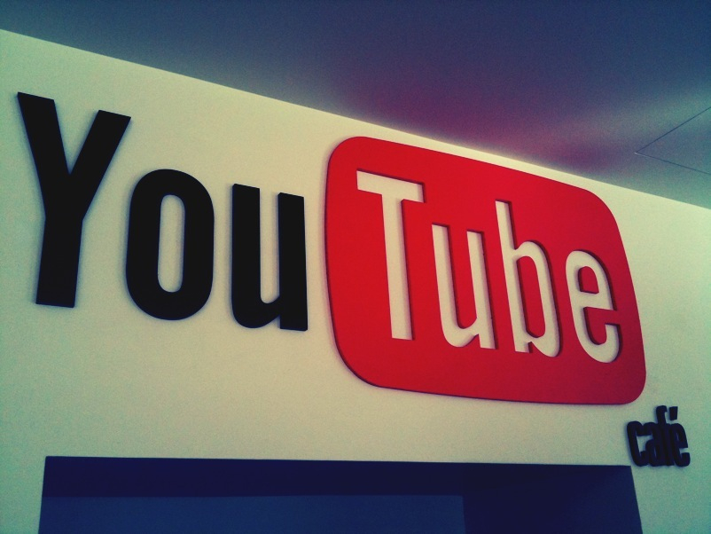 El canal de YouTube de la Biblioteca de la UNED